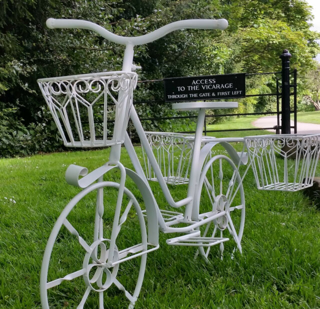 Adorable Metal Bike Bicycle Cycle Planter for the Garden & Patio Vintage White
