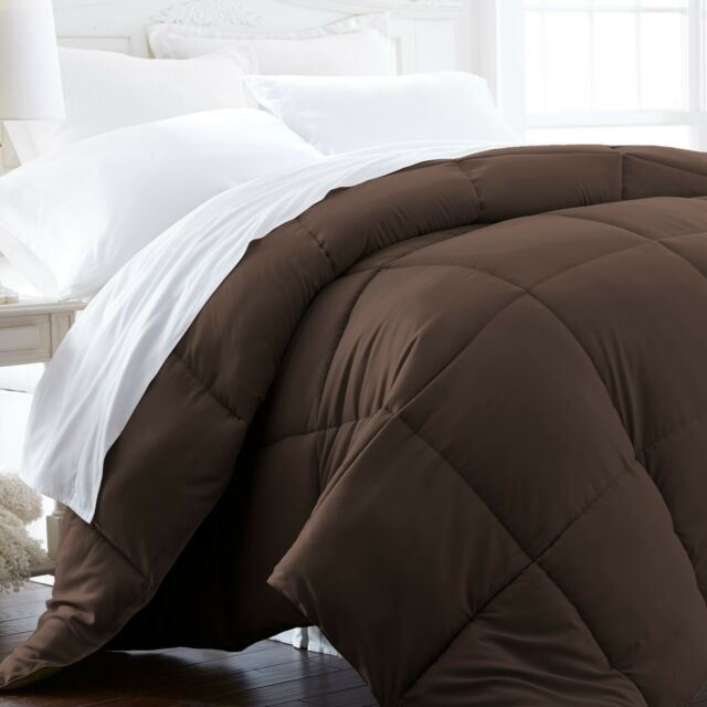 Ultra Soft Lightweight Down Alternative Comforter Six Beautiful Colors!