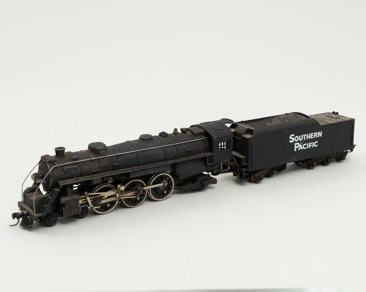 Vintage Kadee HO Scale Steam Locomotive Engine Wirosso + Southern Pacific Tinder