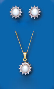 Pearl-and-Diamond-Set-Yellow-Gold-Pendant-and-Earrings-Freshwater-Cultured