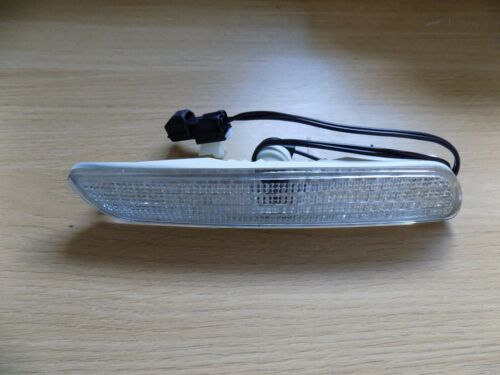 Volvo S40 V40 2000-2004 Clear Side Marker Light 30652045