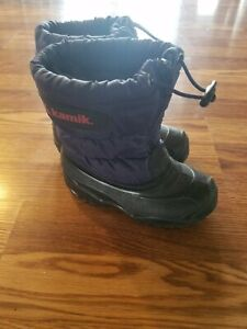 Kamik Dark Blue Zip Snow Boots Toddler Boys or Girls size 9