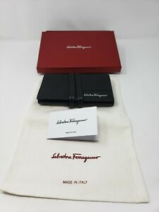 NWB-Salvatore-Ferragamo-JL-66-A589-Black-Leather-Wallet-w-Wrap-Closure-Trifold