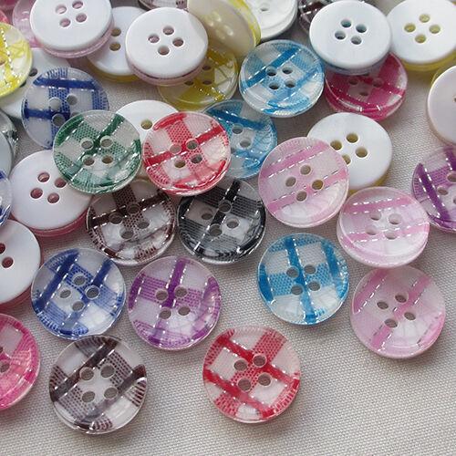 Nouveau 100pcs grille plastique boutons 10 mm couture artisanat Mix LOTS