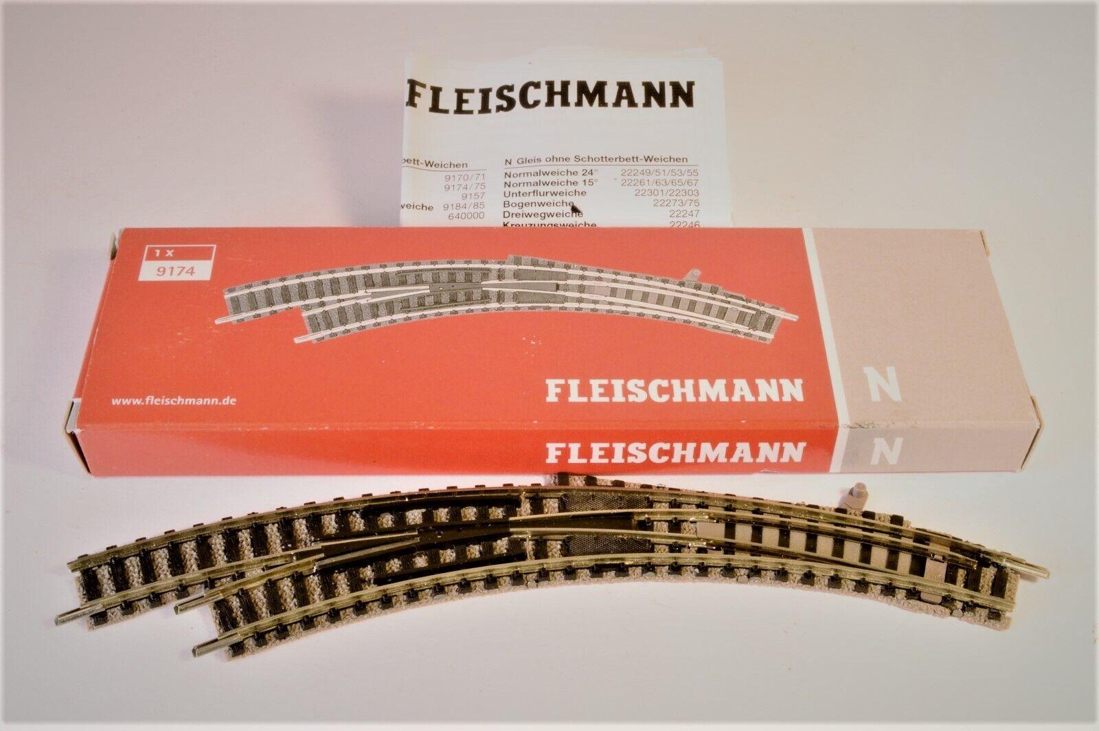 NEU /& OVP Fleischmann 9169 N Bogenweiche für Handbetrieb + rechts