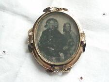 LARGE ANTIQUE GEORGIAN  VICTORIAN ROLLED GOLD DAGUERREOTYPE PHOTO LOCKET BROOCH