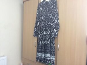 Stunning-Marks-and-Spencer-Collection-dress-special-occassion-dress-size-16
