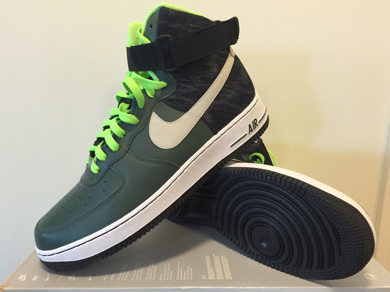 Nike air force 1 07 m Uomo noi taglia 10 1 / 2 (no riquadro cover)