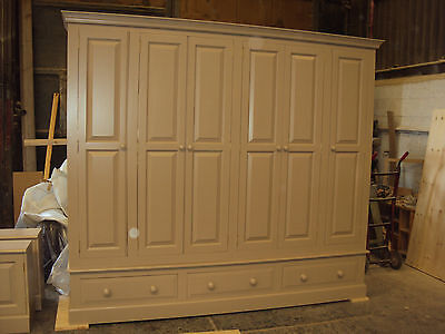 9ft Painted Bespoke 6 Door Wardrobe with 3 drawers
