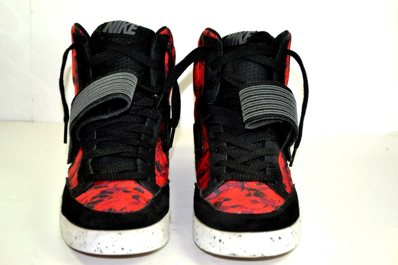 Nike Skystepper Athletic Sports Gym Men Shoes Size 10.5 Black White Hyper Red