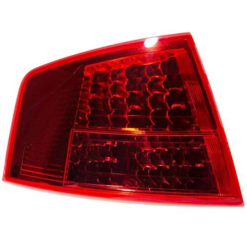 OE Calidad 1044011 del lado del pasajero Izquierdo Exterior Lámpara Luz Trasera NS AUDI A8
