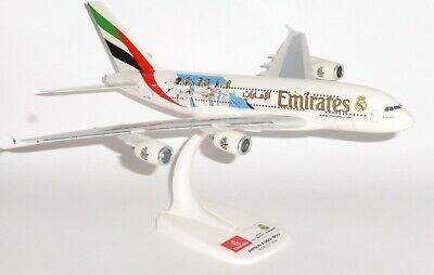 Emirates Airbus A380 Real Madrid 2018 Herpa 1:250 Plastic Snap Fit Model