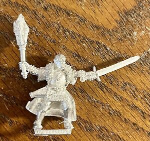 Warhammer Fantasy: MORDHEIM Witch Hunter Captain OOP