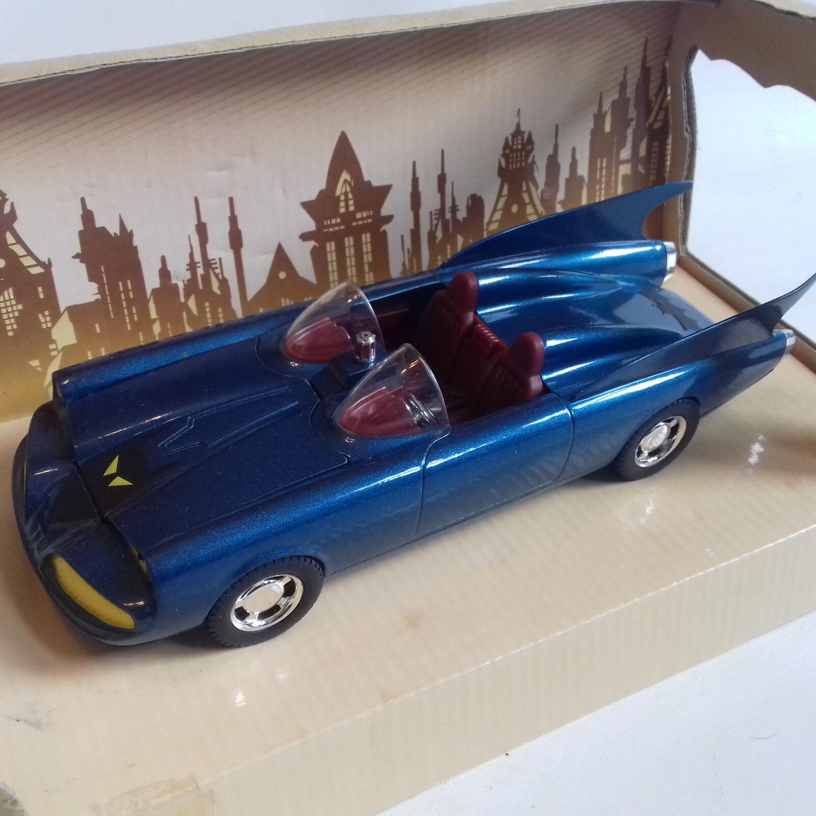 DC Comics Batman Corgi 60's 1 24 BATMOBILE bluee Version  Die-Cast, box damaged