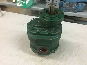 NEW NO BOX PERMCO HYDRAULIC PUMP J-1688-3