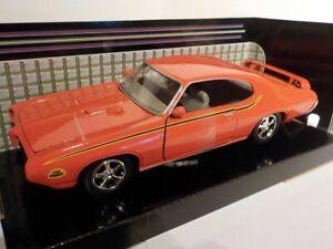 Pontiac-Gto-juez-de-1969-naranja-Clasico-Coche-Modelo-1-24