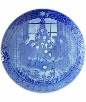 Royal Copenhagen Christmas Plates.1983 Royal Copenhagen Christmas Plate Merry Christmas For Sale Online Ebay