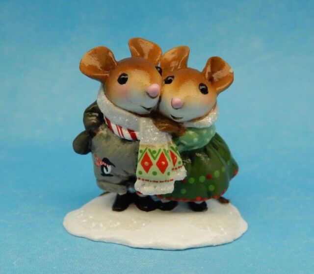 COUPLED UP Lover's Knot by Wee Forest Folk, M-456x, Mouse Expo '13 w/Penguin