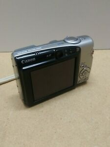 Canon Powershot SD700 IS Digital Camera - Silver Bundle w/ battery 🔋 charger