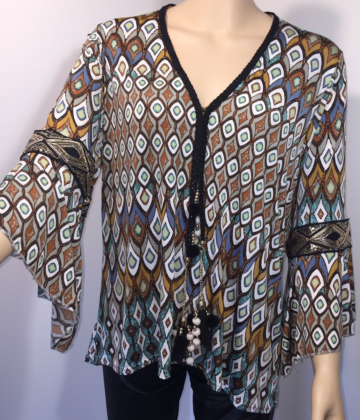 Stretchy Tunic Top Bell Sleeves Sequins Tassels Softest Feel Cool One Size NEW