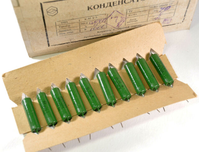 70 x 0.047uF 1000V 0,047uF K42Y-2 PIO CAPACITORS. LOT OF 70 NEW CAPS NOS