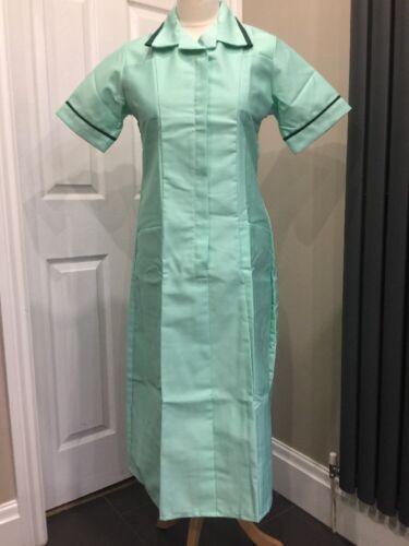 BNWT burnlea infirmières carers Travail Uniforme robes à la chaux avec Vert Bordure Taille 10