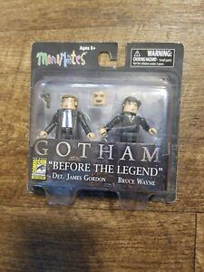 Mini Mates Gotham BRUCE WAYNE /& JIM GORDON 2-Pack SDCC Comic Con Exclusive NEW