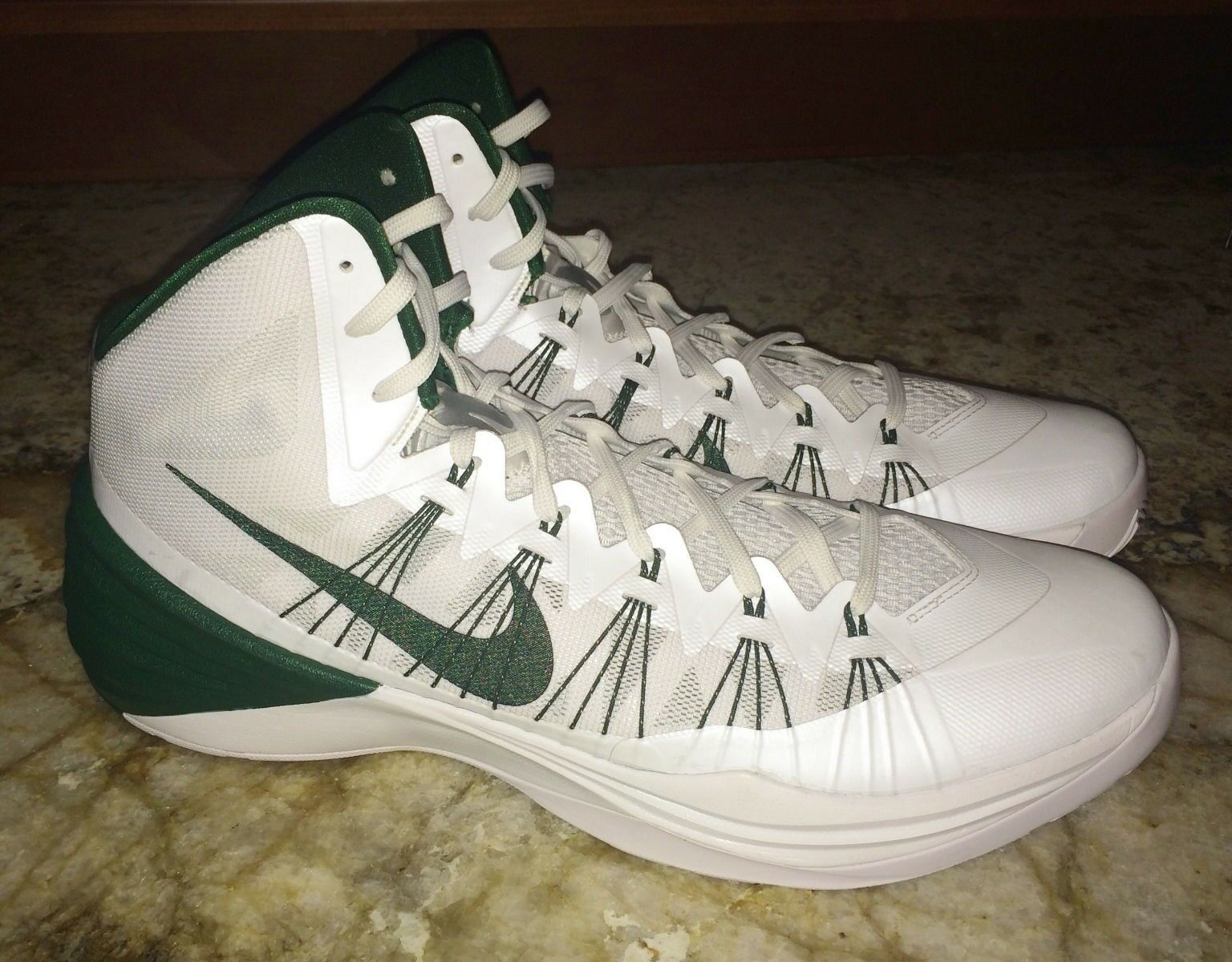 NIKE 2013 Zoom Hyperdunk TB White Green Basketball shoes Sneakers NEW Mens 16.5