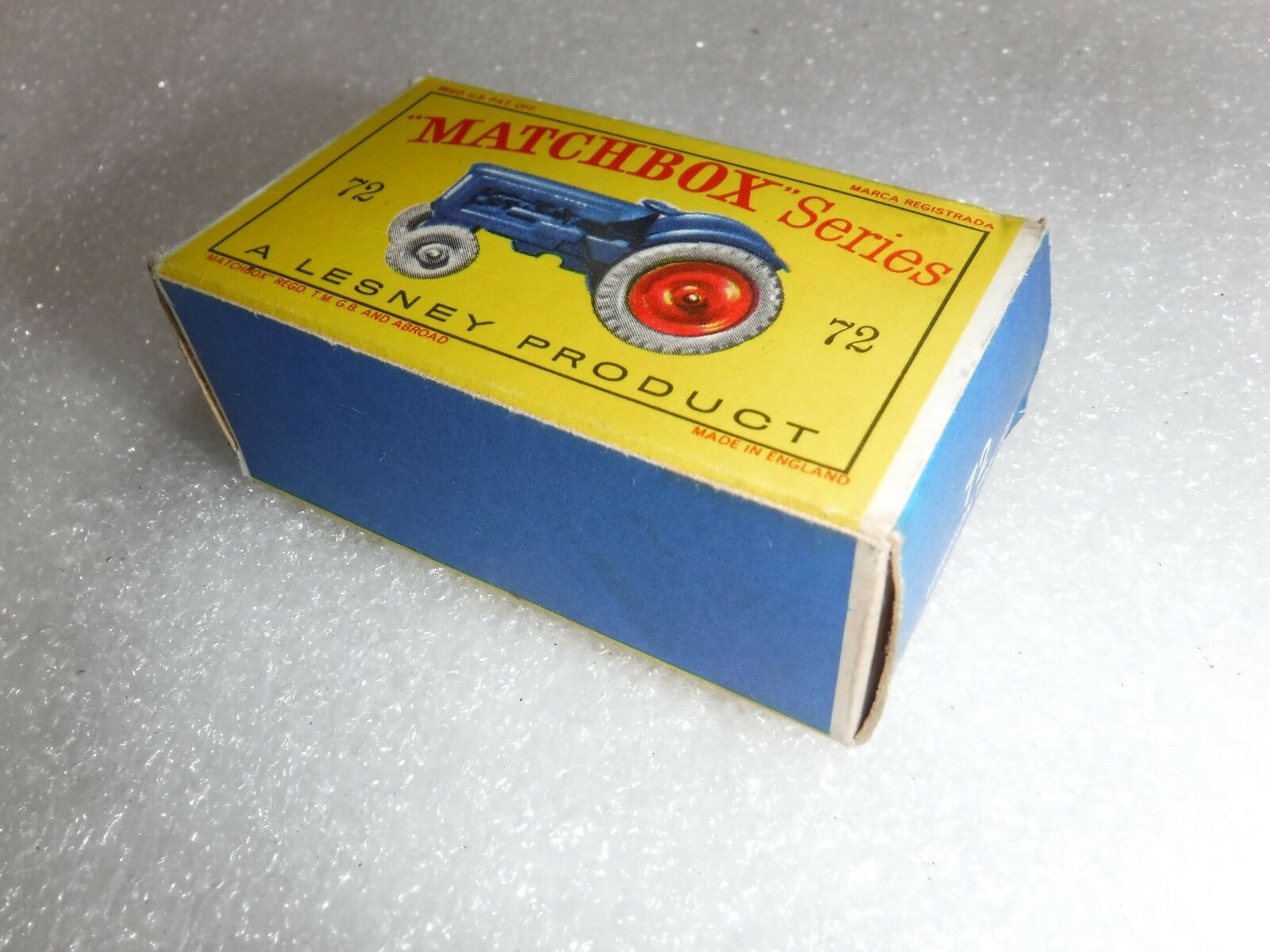 Matchbox Lesney No 72 72 72  Fordson Major , Grey Tyres Model Tractor   Boxed 27c77b