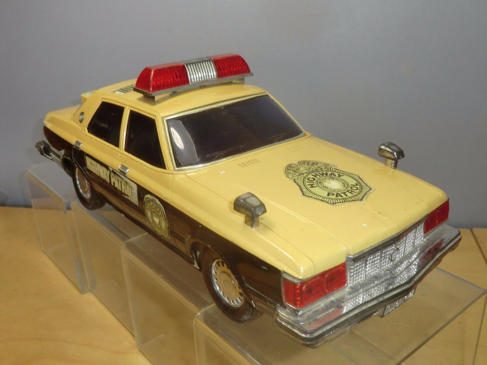 VINTAGE BATTERY OPERATED  MODEL OF   CROWN SEDAN   HIGHWAY PATROL POLICE CAR