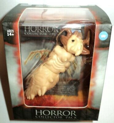 The Loyal Subjects Horror Collector Pack Father Merrin 3-Inch Articulated A NEW