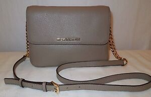 15fd7dbe7c47 Image is loading NWT-MICHAEL-KORS-BEDFORD-DOUBLE-GUSSET-CROSSBODY-LEATHER-
