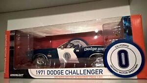 1/18 Greenlight Dodge Challenger Hemi Ontario Motor Speedway Pace Car 1971