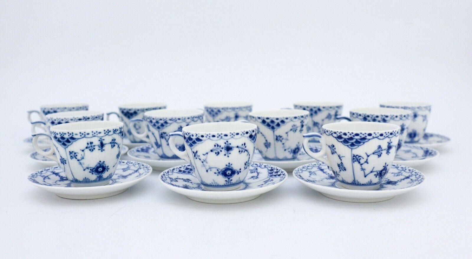 Image 2 - 12 Cups & Saucers #528 - Blue Fluted Royal Copenhagen - Half Lace - 1:st Quality