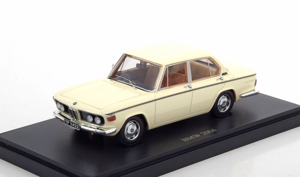 BMW 2004 1973 BEIGE AUTOCULT 05022 1 43 RESINE LIMITED EDITION 333 PCS LHD