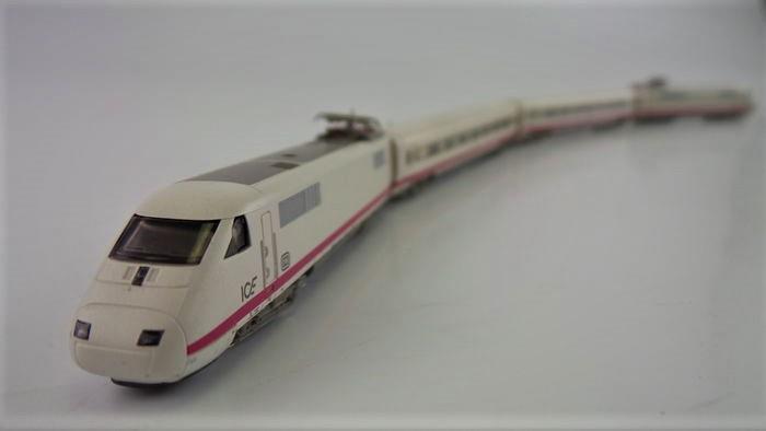 Z Scale 1 220 Märklin 8871 Z gauge Ice Train Set Org Box