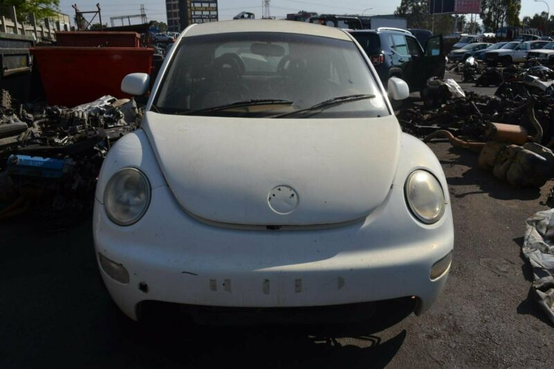 2005 VW Beetle 2.0 Highline Now stripping- beaking for spares - Motor City Auto Spares