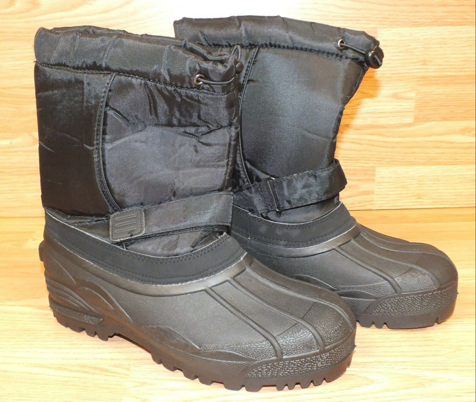 Unbranded Heavy Duty Black Size 10 Rubber & insulated Snow Boots Only READ