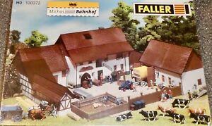 Aussiedlerhof-faller-130373-H0-1-87-Kit-Jamais-Assemble-Neuf-et-Emballe-A
