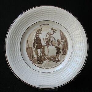 DIGOIN-ASSIETTE-Ancienne-Devinettes-Soldat-Pompier-Militaire-Garde-Imperiale