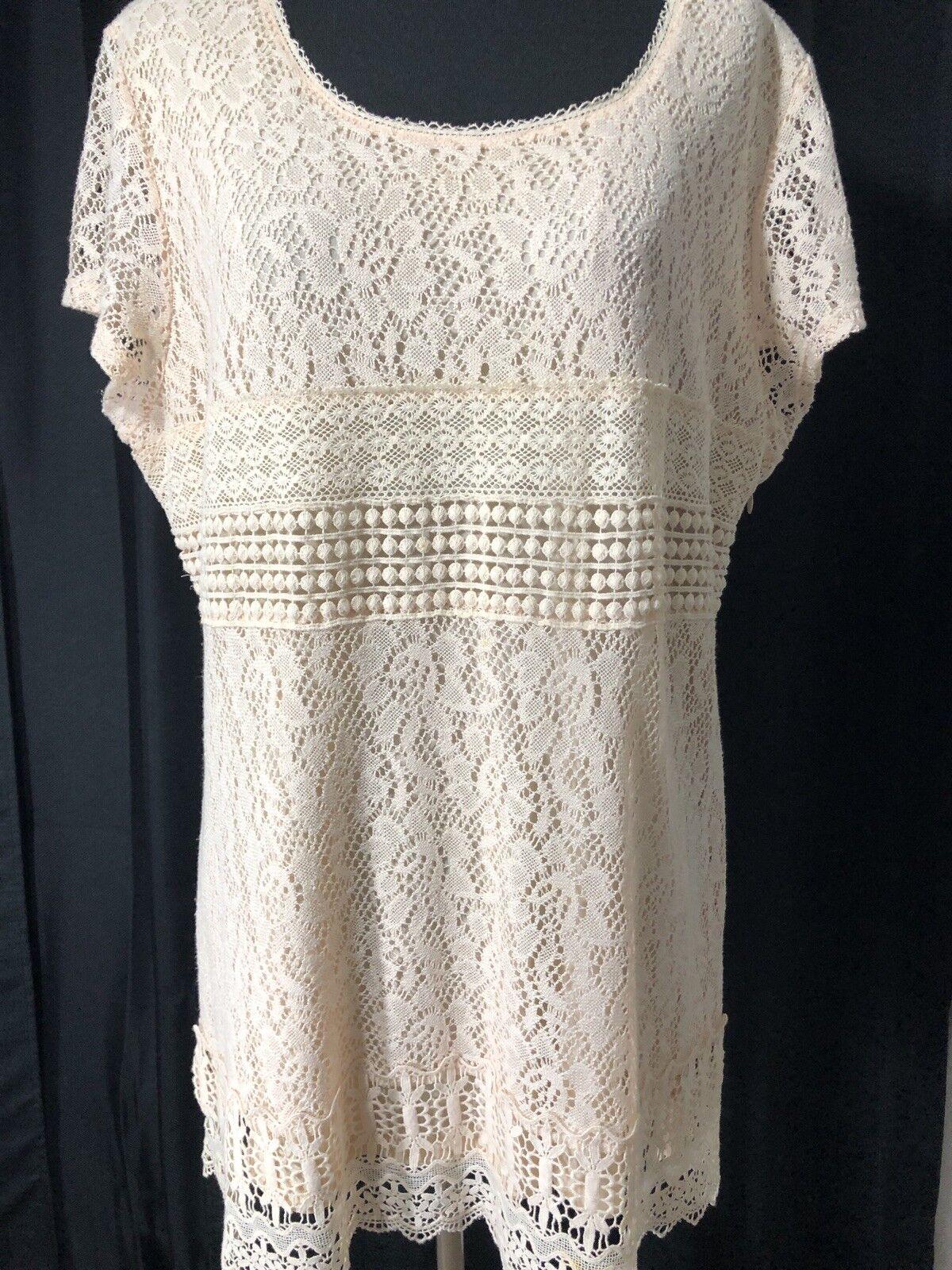 Alfani Knit Crochet Ilusion Dress Größe Large Zips Up Side Short Sleeve