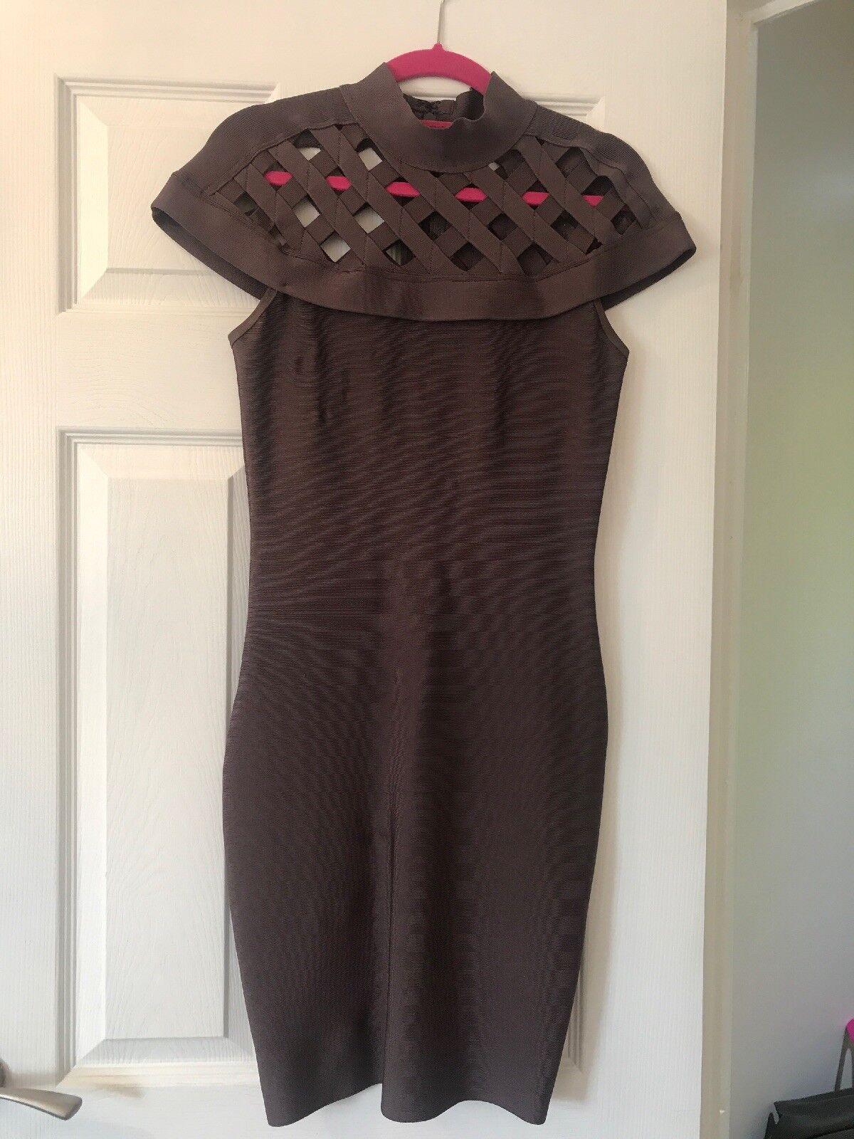 Celeb Boutique Robe taille m moulante Moka