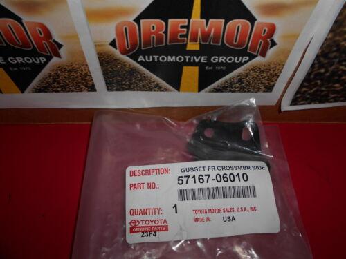 TOYOTA OEM 02-16 Camry Fender-Gusset Bracket Right 5716706010