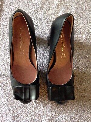 Señoras BNWOB Negro Imitación Cuero Bloque Talón Arco De Plataforma Zapatos Talla 5 Chic Nana