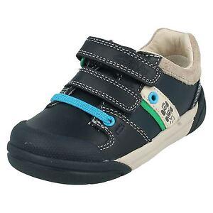 Boys zapatos Navy Shoes Clarks cuero Leather Navy de Casual casuales Clarks Boys a1nTHw