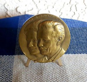 25th Anniversary Bronze Medal Edward Marshall Boehm 1950-75 Medallic Art 2.75in
