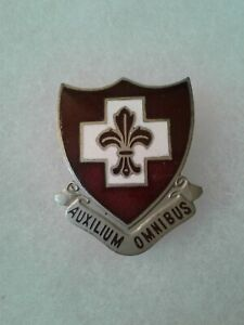 Authentic-WWII-US-Army-135th-Medical-Regiment-DI-DUI-Unit-Crest-Insignia