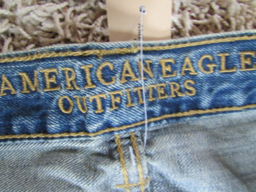 NEW AMERICAN EAGLE SLIM STRAIGHT JEANS MENS 31X34 DESTROYED LIGHT WASH FREE SHIP