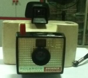 Polaroid-Camera-Vintage