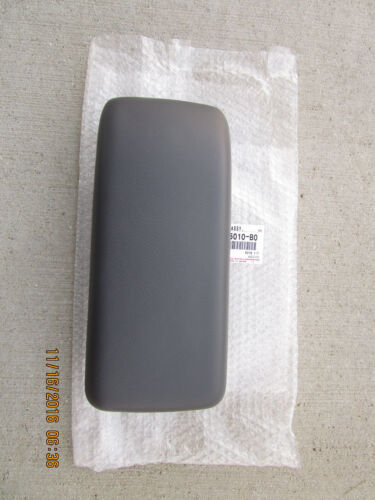 89-95 TOYOTA PICKUP SR5 CENTER CONSOLE ARM RESTERS LID OEM GRAY BRAND NEW